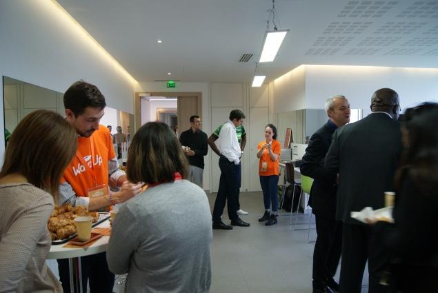 Petit-déjeuner de lancement de l'application de covoiturage quotidien Wayz-Up chez Europcar