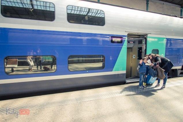 Accompagnement d'enfants en train et avion